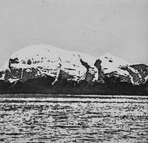 Sea Cliffs 4 - Etching, edition of 20. (13.5 x 13.5 cm)