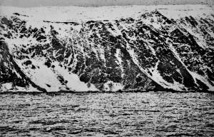Sea Cliffs 2 - Etching, edition of 20. (28.5 x 18.5 cm)